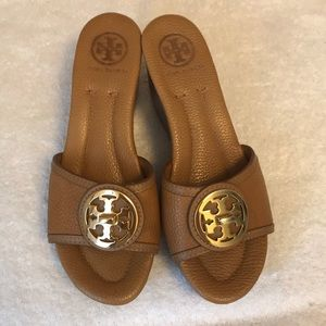 Tory Burch Selma wedge